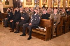 w-pierwszym-rzedzie-Attache-Obrony-przy-Ambasadzie-RP-gen.-Cezary-Wiśniewski-i-wicekonsul-Katarzyna-Konopko-2