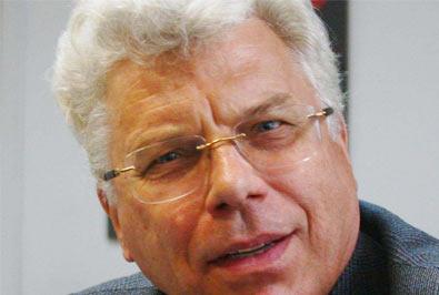 Polskihistoryk,profesornauk humanistycznych,nauczyciel akademicki, działacz społeczny.