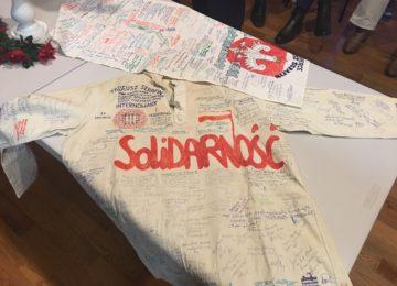 """""""Solidarność"""" światłem wolności – Świadkowie historii po38 latach."""